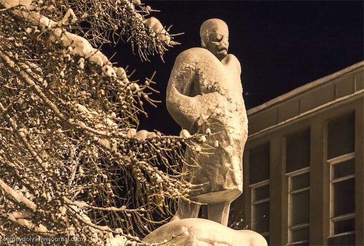 Инопланетный Ленин порождает страх