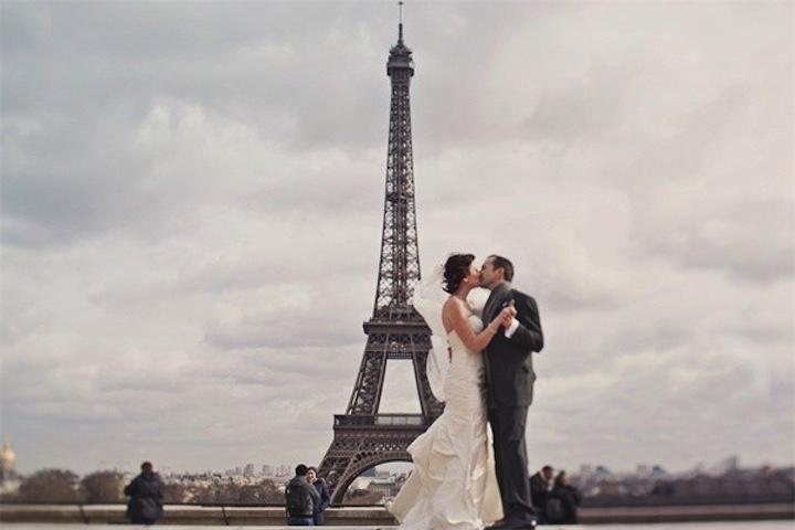 Влюбленные и Париж