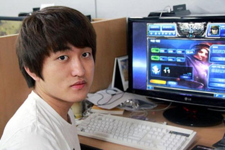 "Самые богатые игроки: Ли ""Флэш"" Юн-Хо"