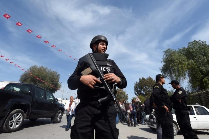 Тунис: счёт жертв остановился на 23