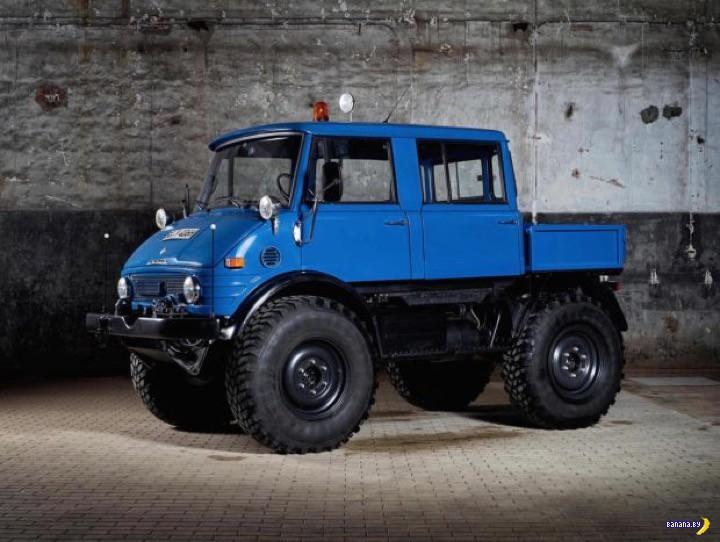 Синий красавец Unimog 406 Doppelkabine 4x4