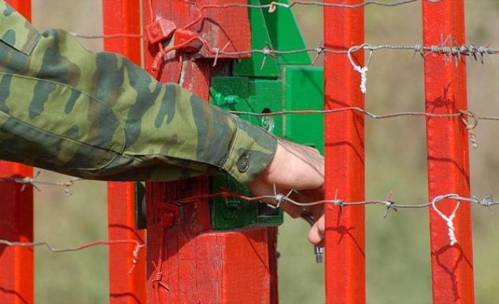 Белорусских тунеядцев не пустят в Париж и Лас-Вегас