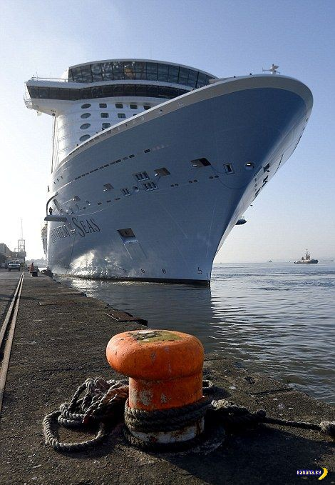 Самый большой круизный лайнер спущен на воду