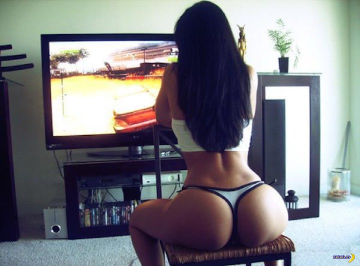 Девушки-геймеры