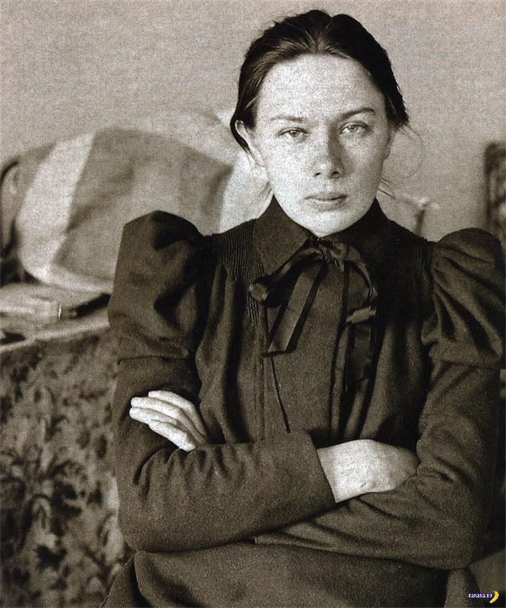 Молодая Крупская