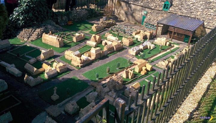 Модель модели модели деревни
