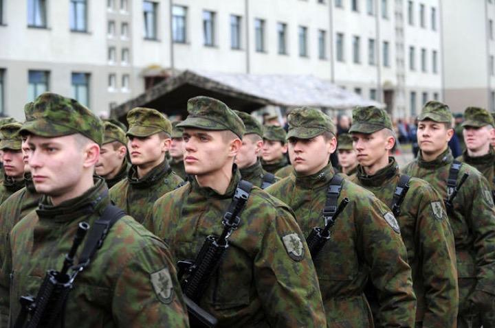 В Литве снова общая воинская повинность