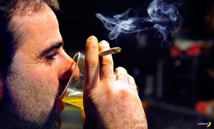 Почему когда пьешь, то тянет курить?