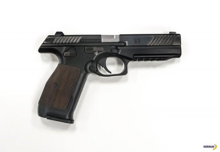 """Пистолет от концерна """"Калашников"""""""