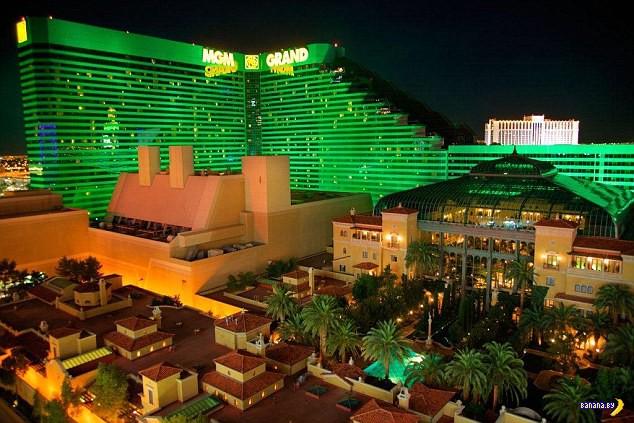 Самый большой отель в мире