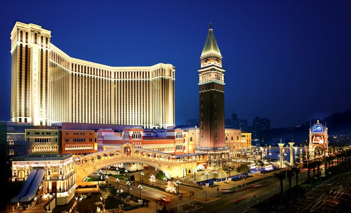 25 миллиардов в казино Макао