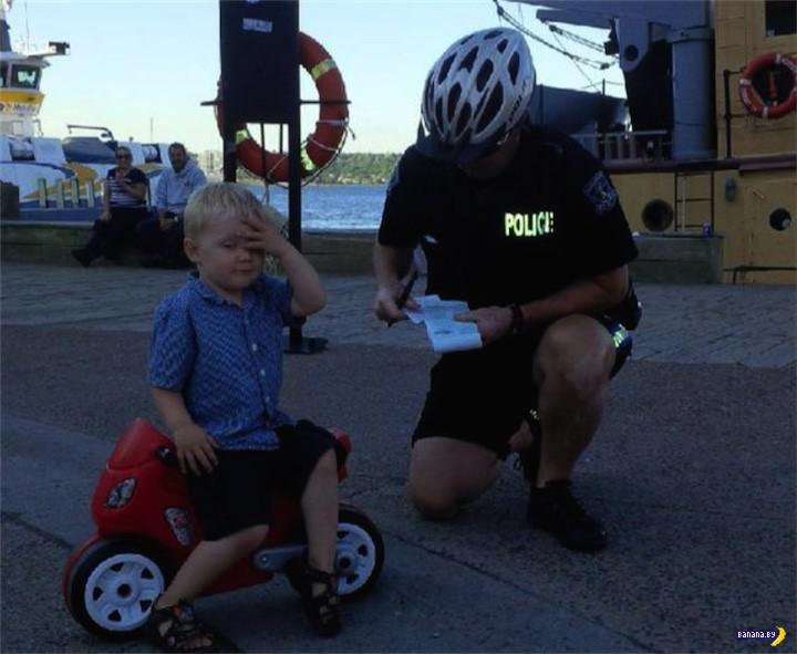 Копы оштрафовали 3-летнего пацана