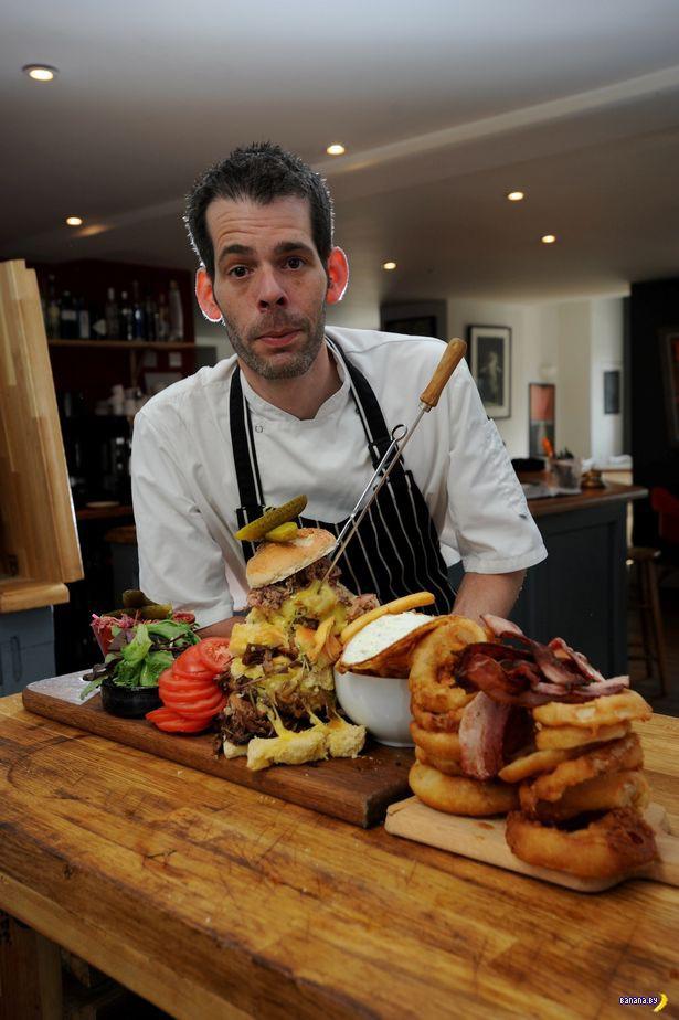 Самый большой бургер в Британии