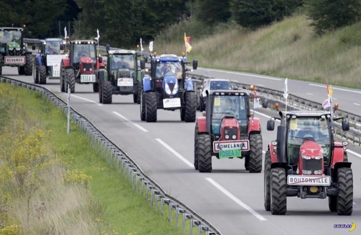 Французские фермеры на тракторах захватывают Париж