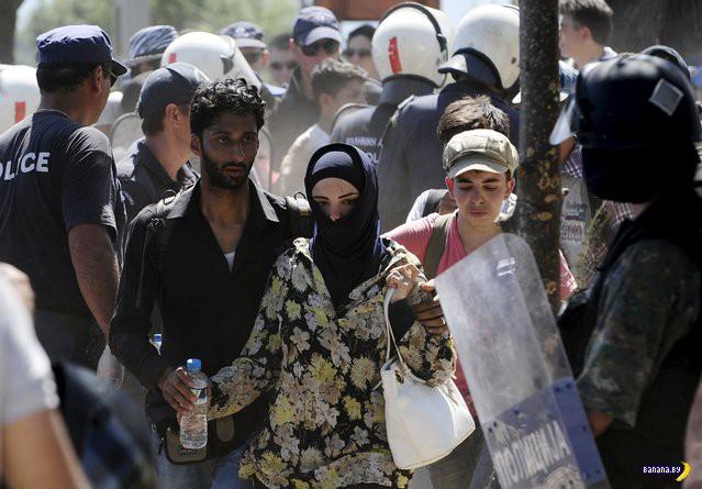 Европу накрыл кризис с мигрантами