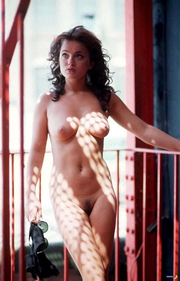 geri-halliwell-naked-pics-young-taylors-rains-pussy