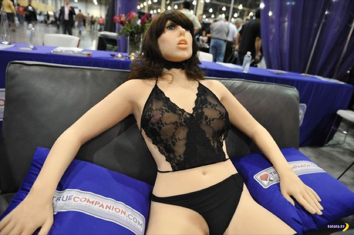 """Британцы против """"умных"""" роботов для секса"""