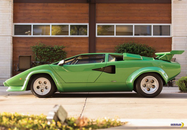 Carporn: 1981 Lamborghini Countach LP400S Series III