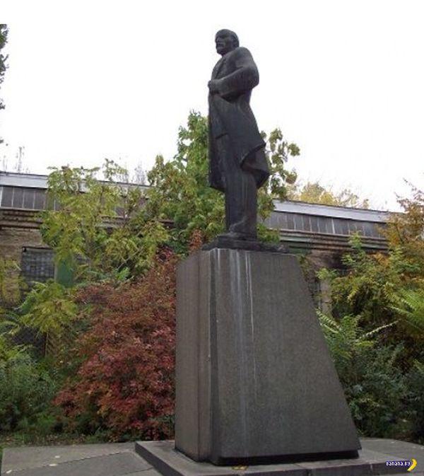 Прощай, Ленин! Привет, Дарт Вейдер!