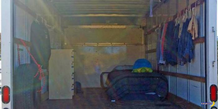 Сотрудник Google живет в грузовике