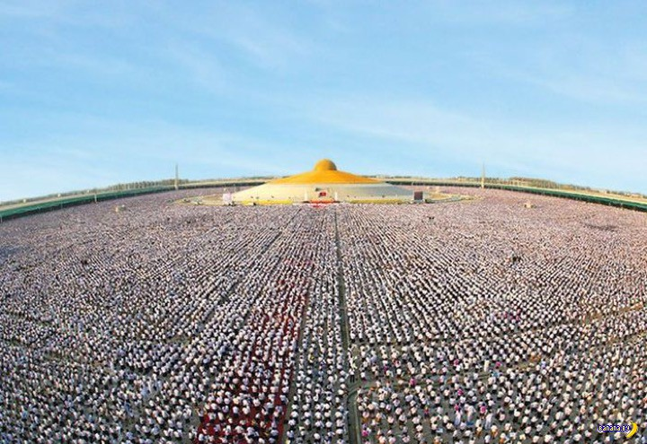 1 000 000 школьников смотрели на сосок