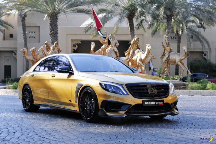 Банановый Brabus Rocket 900 Desert Gold Edition