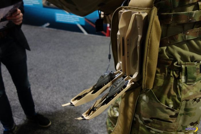 Солидный армейский мини-дрон