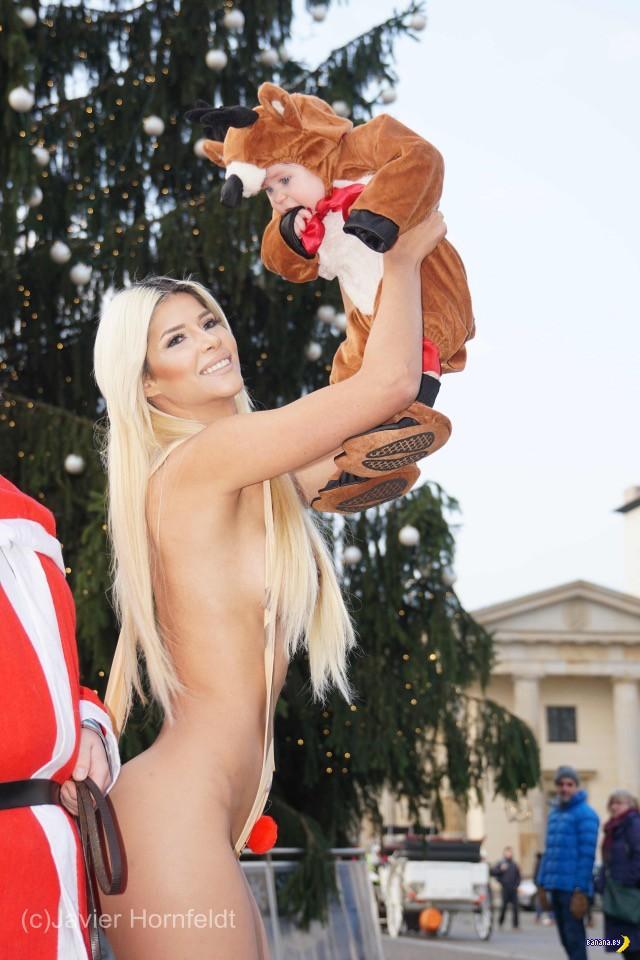 Микаэла Шефер разделась к Рождеству