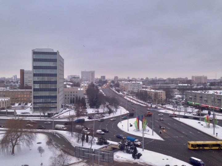 Погода: снег и метели, зато тепло