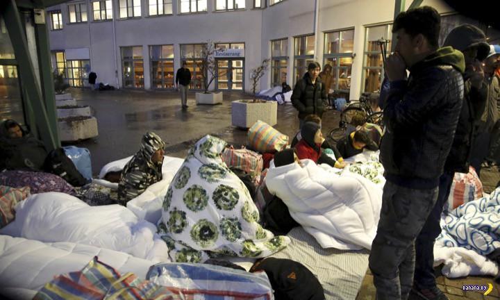 Швеция развернула до 80,000 беженцев