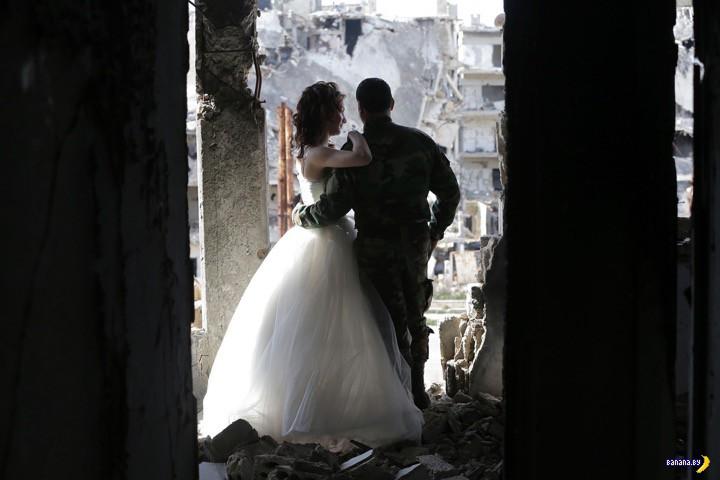 Свадебная фотосессия в разрушенном Хомсе