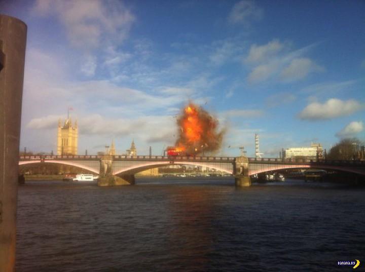 В центре Лондона взорвали двухэтажный автобус