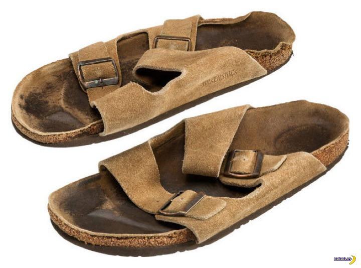 Старые сандали за $2700