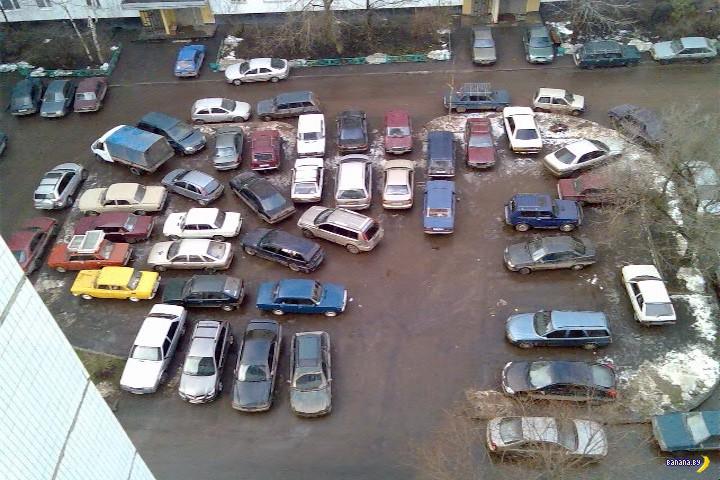 В Минске будут делать платные парковки во дворах
