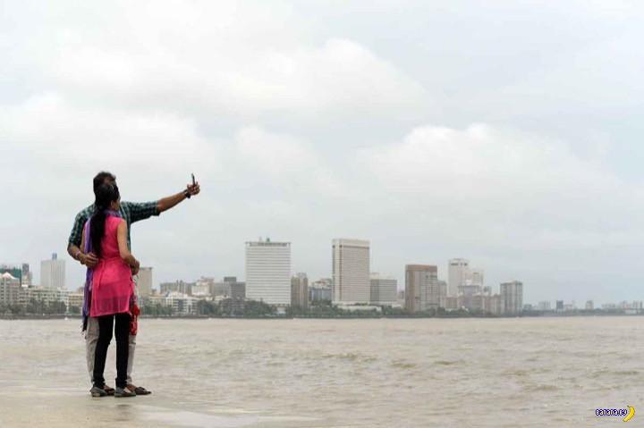 В Мумбаи начали запрещать селфи