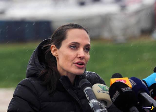 СМИ хоронят Анджелину Джоли