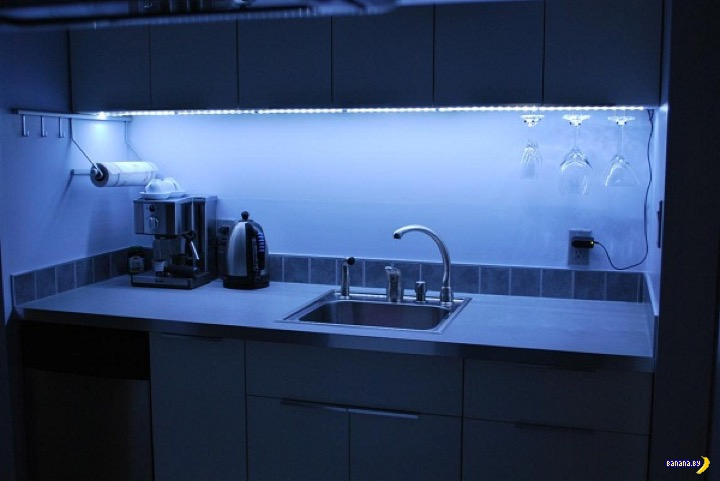 Светодиодные ленты в интерьере кухни
