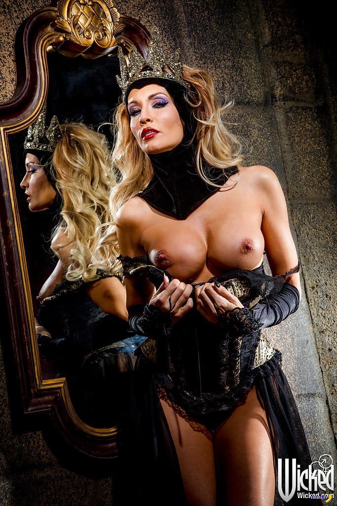 успевал джессика дрейк злая королева фото смотрим фото жестокие