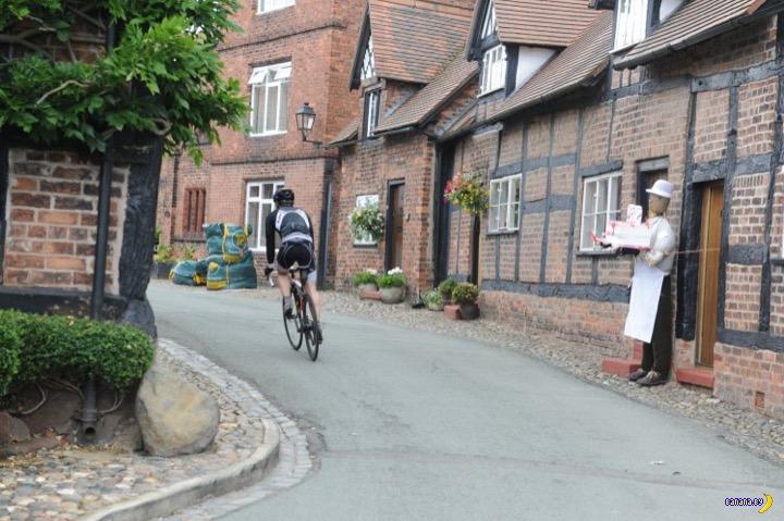 Жителей британской деревни достали велосипедисты