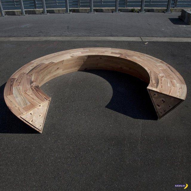 Сколько дадите денег за скамейку в виде буквы С?