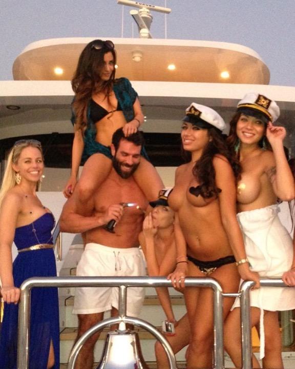 Instagram's Playboy King: Кто же этот прожигатель жизни?