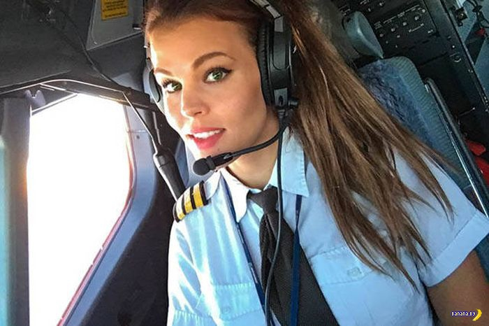Спортсменка, комсомолка, пилотесса!