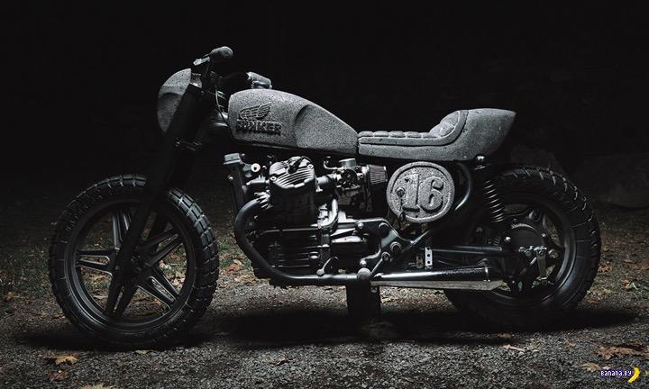 Каменный мотоцикл