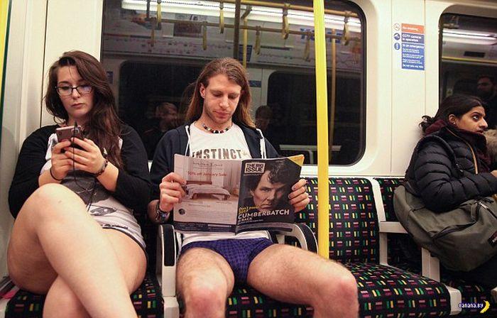 День голожопиков в метро