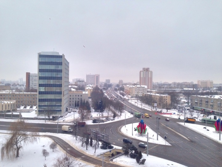 Погода: вместе с теплом вернется снег