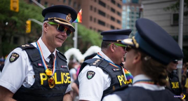 В Торонто A.C.A.B.