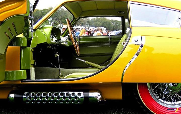 Банановый 1952 Pegaso Z-102 Cupula