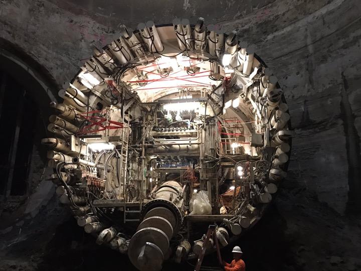 Илон Маск – теперь и тоннели