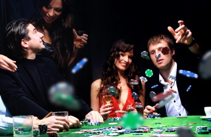 Покер не теряет своей популярности