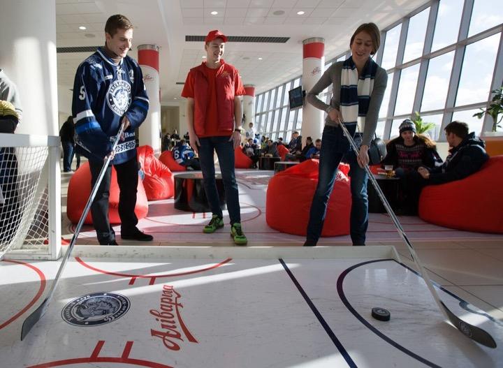 «Аливария» обустроила хоккейную фан-зону в Минск-Арене